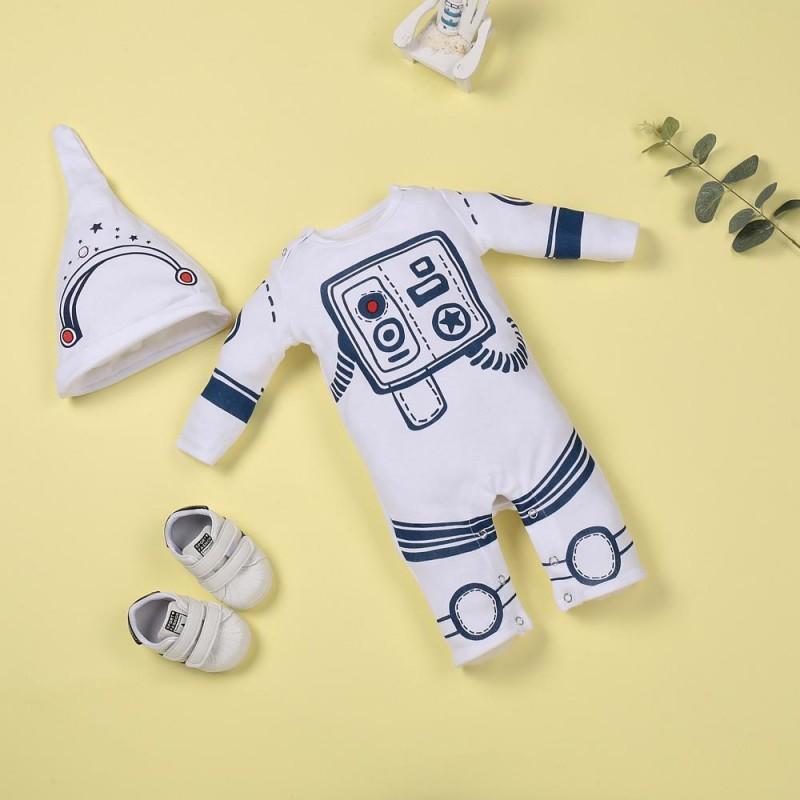 White astronaut comf...